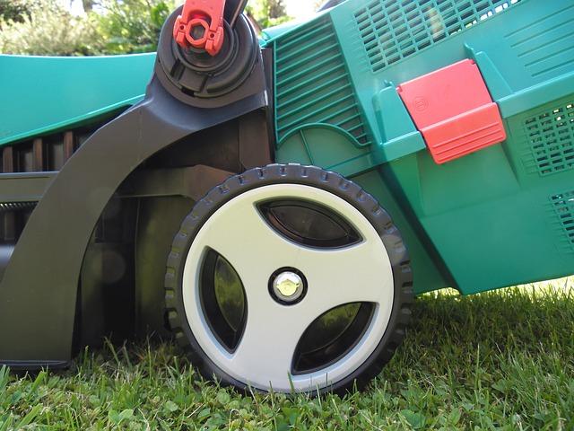 sekačka na trávu se sběračem